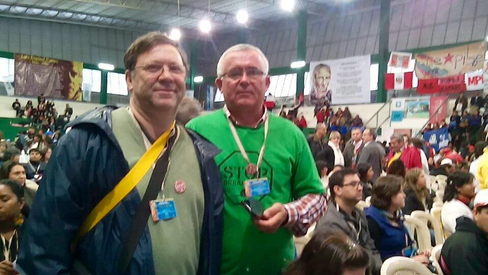 Joaquín Sánchez, a la izquierda, junto a José Antonio Vives, durante el Encuentro celebrado en Bolivia.